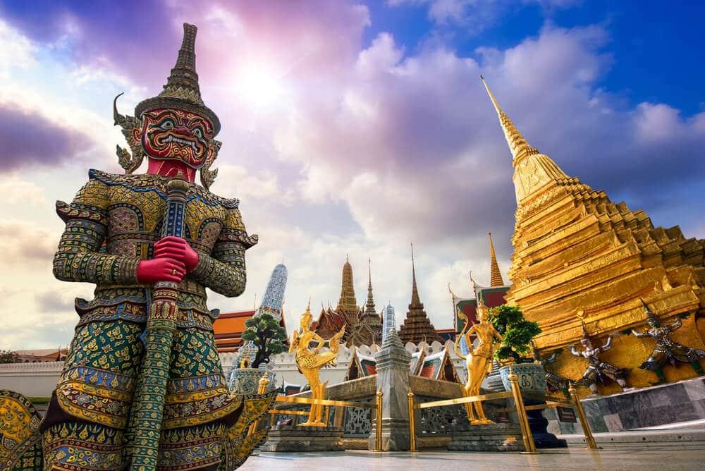 templos tailandeses - É seguro viajar para a Tailândia?