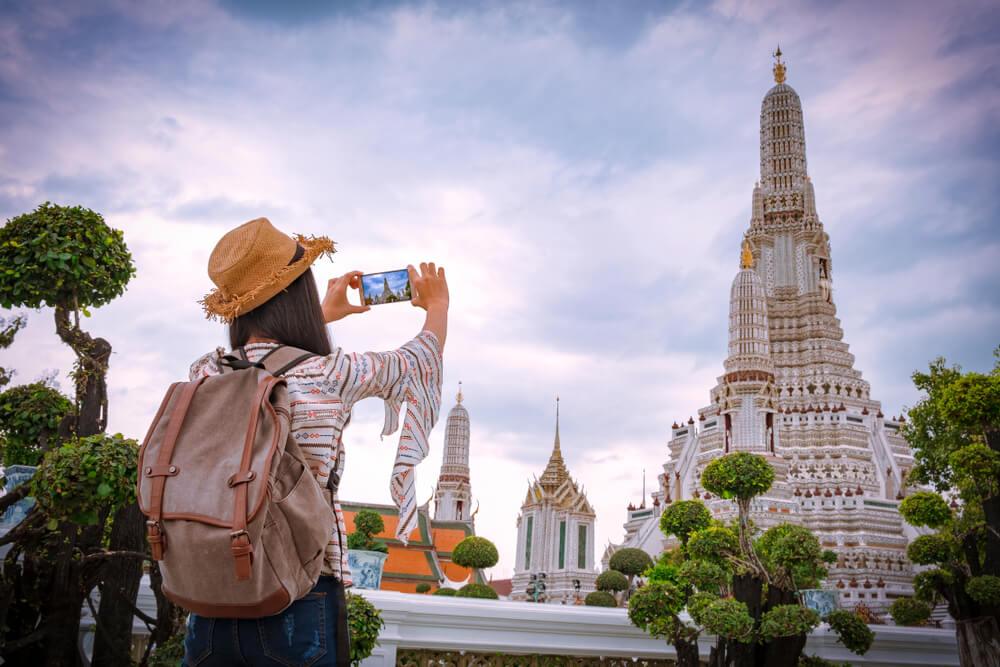 É seguro viajar para a Tailândia? - templo