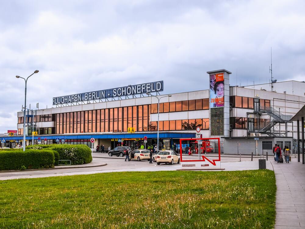 aeroporto de schonefeld em berlin