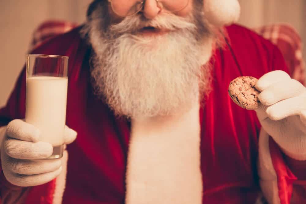 oferta de leite e bolachas para o pai natal