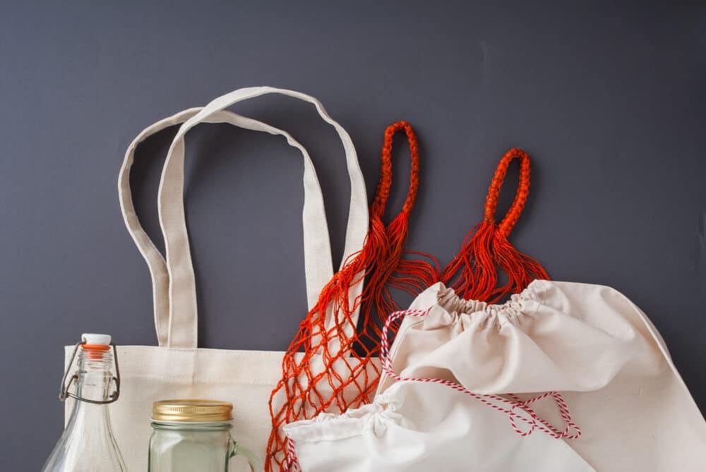 sacas de pano reutilizaveis para viagem