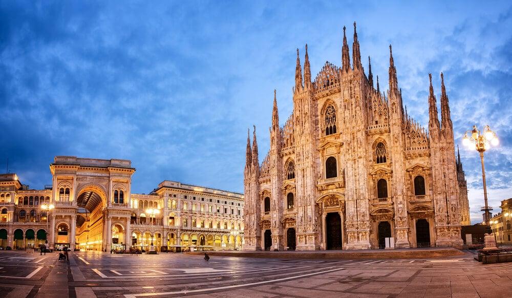 duomo e galerias vittorio emanuel em milao