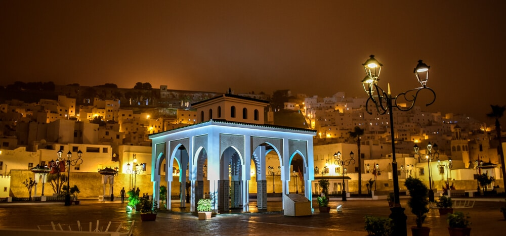 vistas noturnas da cidade de tetouan