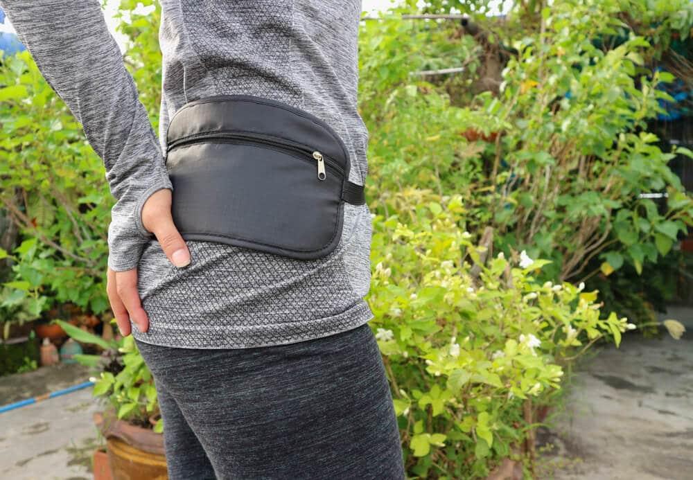 bolsa de cintura para viagens