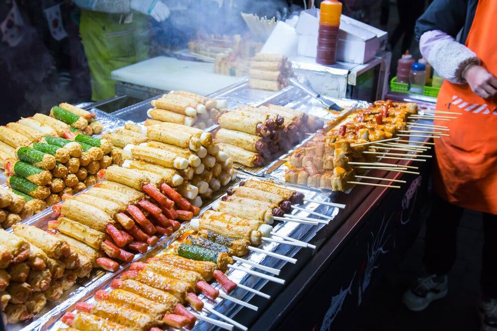 comida no mercado myeong dong