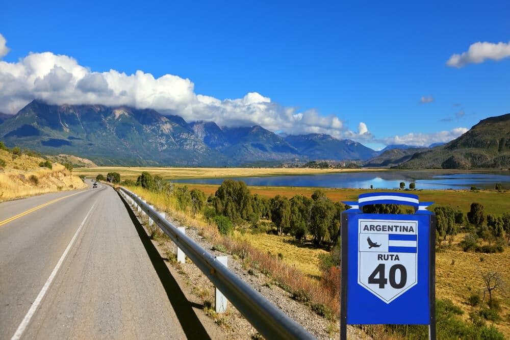 sinal azul da rota 40 na argentina