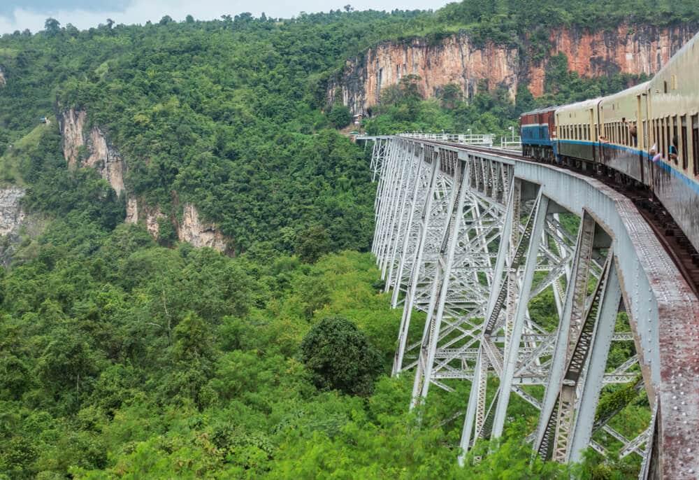 viaduto de comboio goteik no myanmar