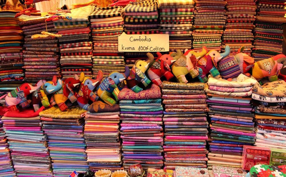 lenços tipicos a venda no mercado