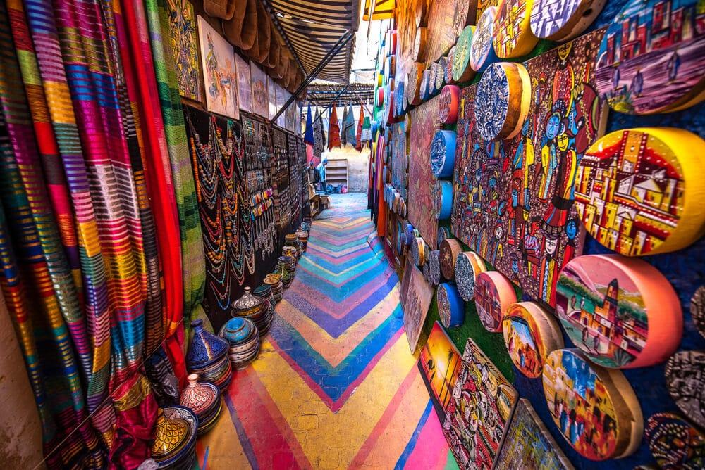 zouk marroquino com artesanato colorido