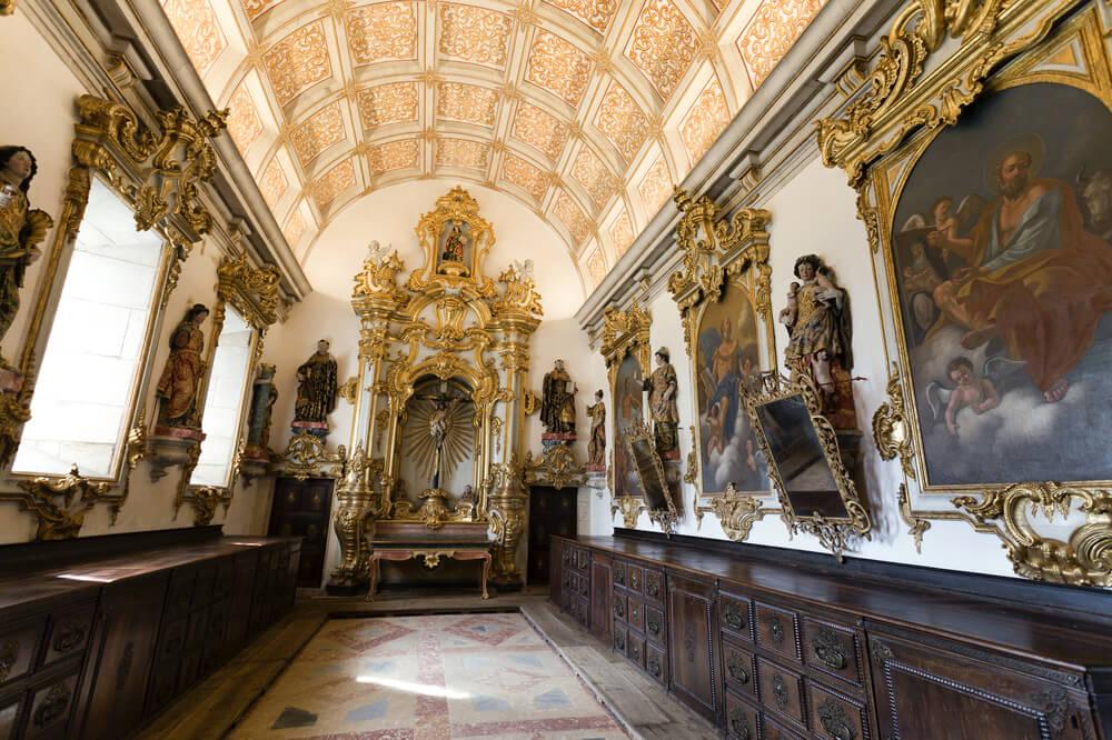 pormenor da sacristia do mosteiro de tibaes
