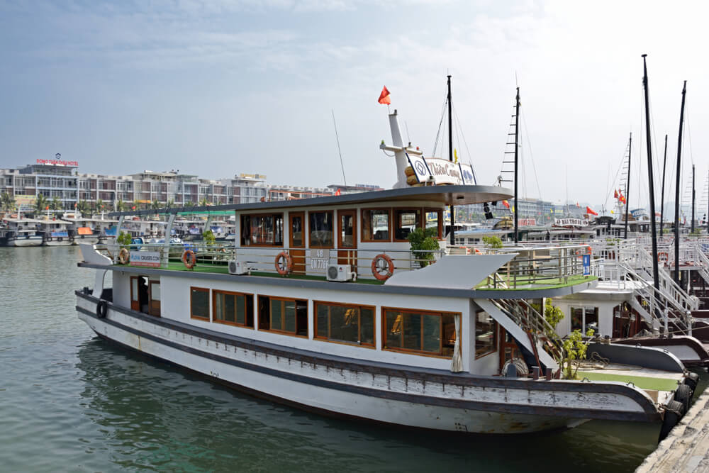 barcos utilizados nos cruzeiros em halong bay