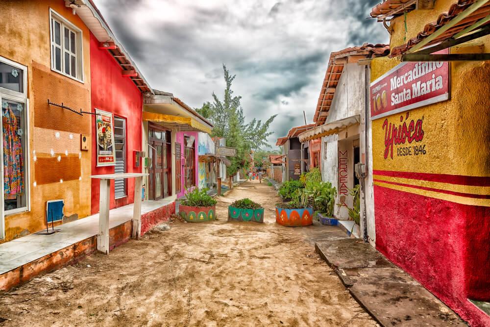 ruas de areia na cidade de jericoacoara