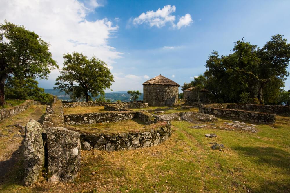 ruinas arqueologicas da citania de briteiros