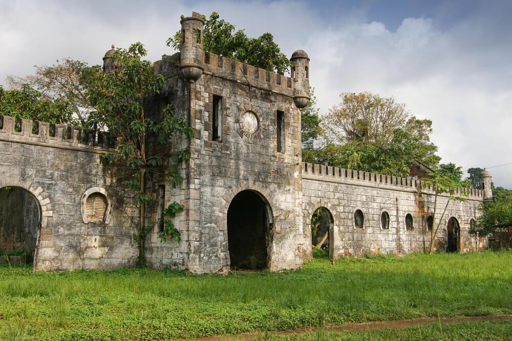 vista das ruinas da antiga roça sundy