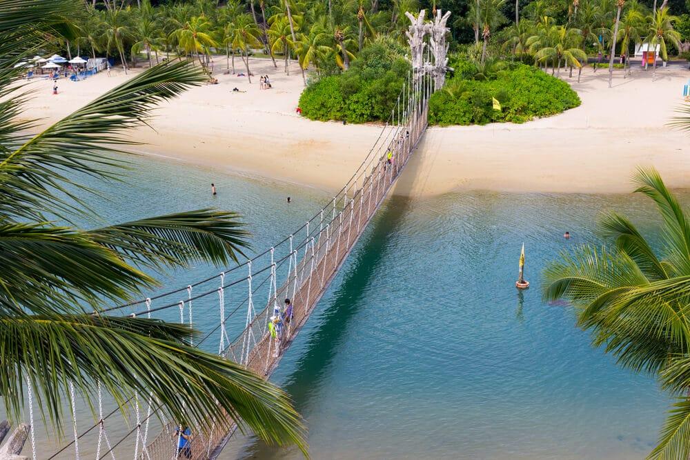 ponte pedonal até à ilha de sentosa