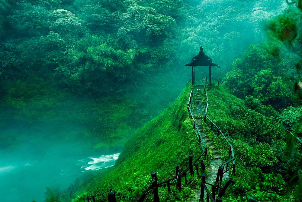 natureza do laos, florestas e cascatas