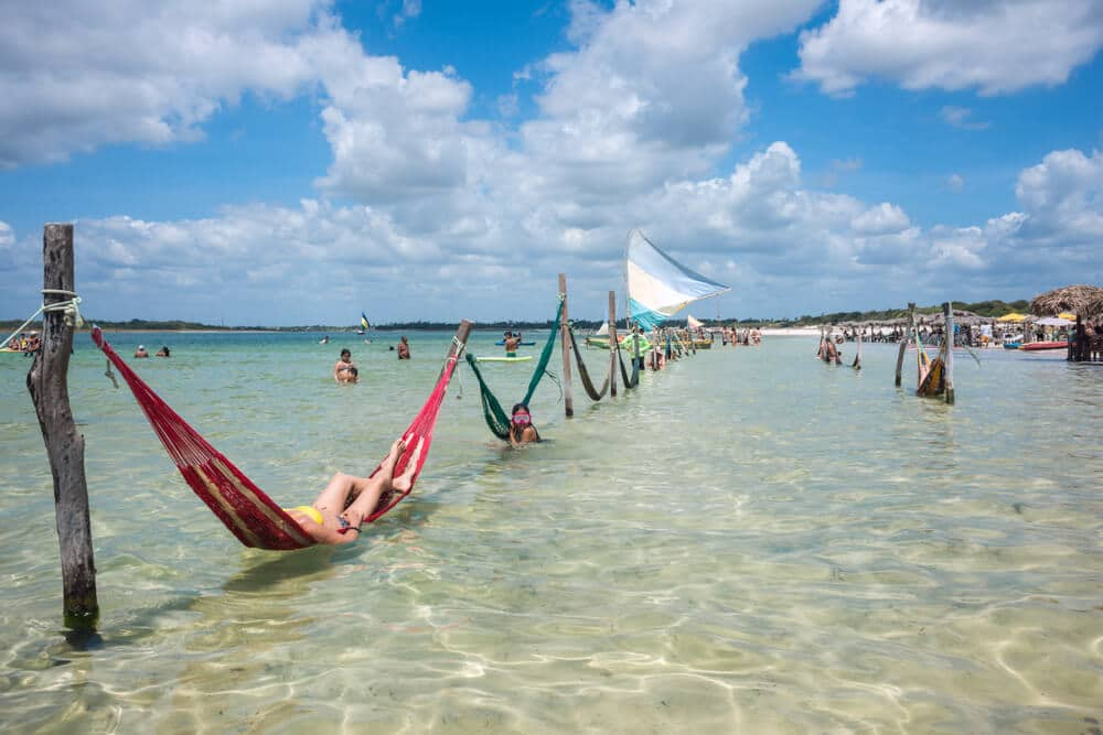 redes na praia de jericoacoara