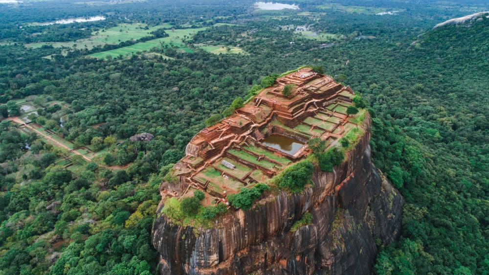 fortalez de lions rock e cidadela de sigiriya vista desde o alto